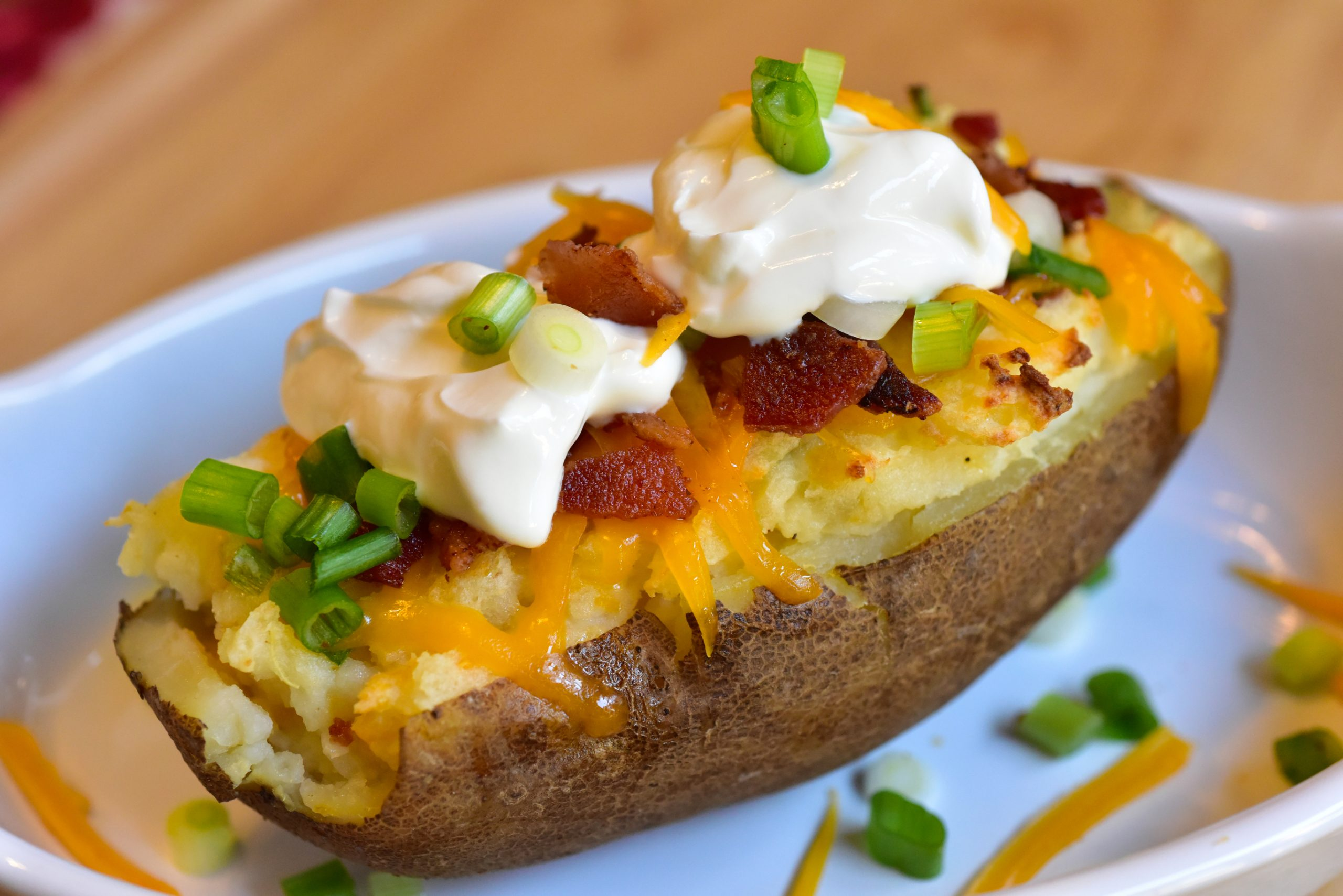 Twice baked potatoes fresh delicious with bacon and green onion | ID 93502988 © Swan555 | Dreamstime.com