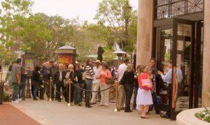 Waiting in a restaurant wait line